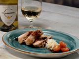 balotinas de pollo rellenas con queso y jamón de pavo