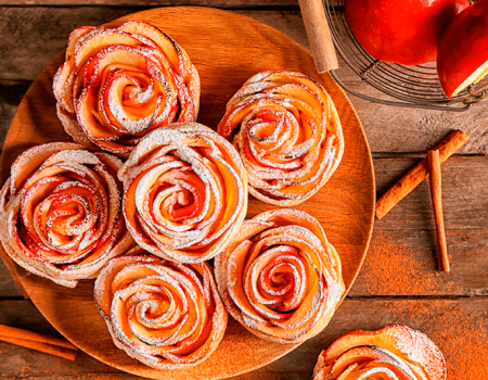 Rosas de manzana y queso crema