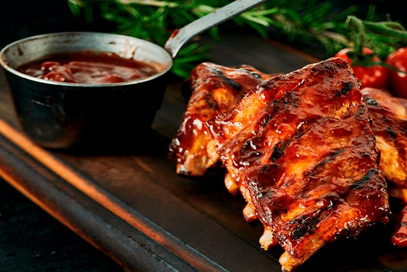 Costillas de cerdo con salsa de Jack Daniels