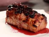 Lomo de cerdo en salsa de arándanos