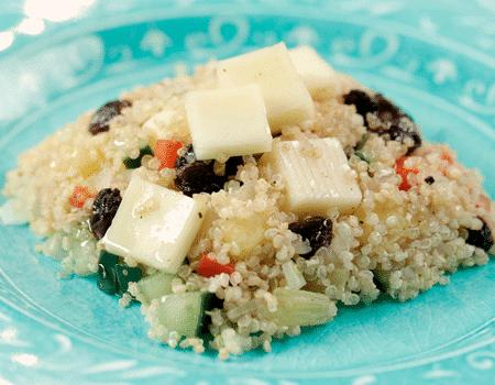 Ensalada-de-quinua-con-queso