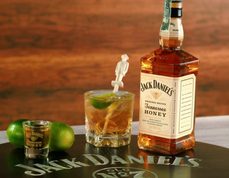 Calienta motores con un increíble coctel Jack Honey Ginger