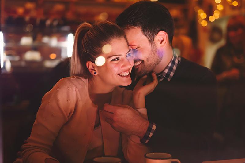 Celebra el amor y brinda con vino de California en el día de San Valentín