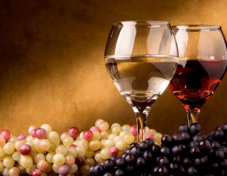 Descubre de dónde proviene el color del vino