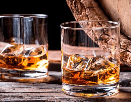 Siente el placer del increible whiskey americano