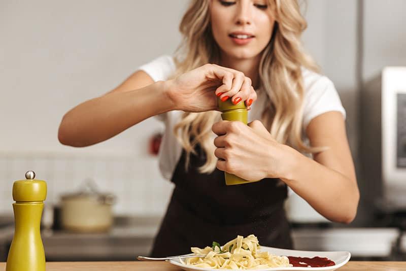 Da sabor a tus comidas con Badia y SaborUSA